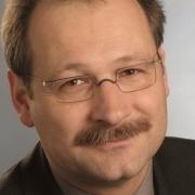 Portrait von Dr. Ernst Tabori