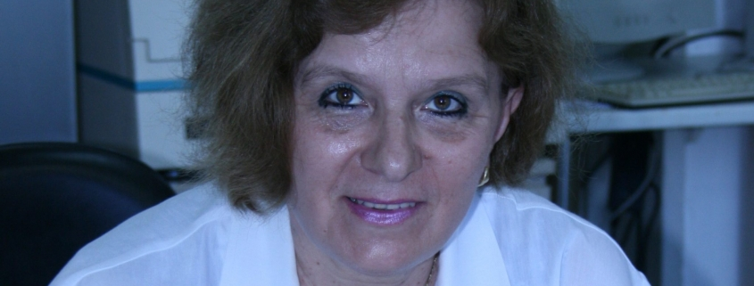 Portrait von Univ.-Prof. Dr. Rossitza Vatcheva-Dobrevska in einem weißen Arztkittel